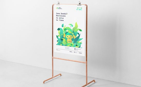 Use Display Stand To Provide Better Visibility To Things At Office - Presentation