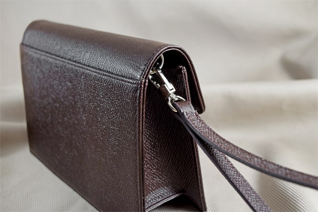 The Benefits Of Leather Handbags